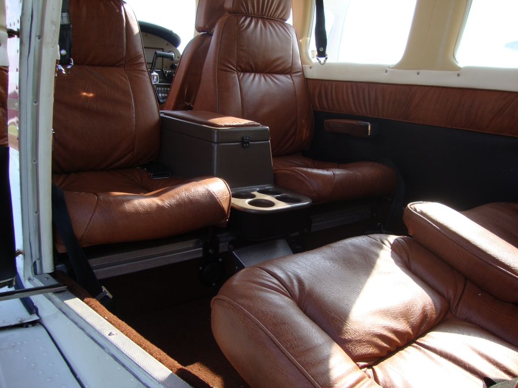 Piper Cherokee Six PA-32-300 HP, 1977 for sale on TransGlobal Aviation